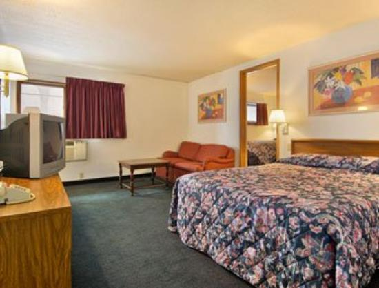 Super 8 Indianapolis/Emerson: Suite