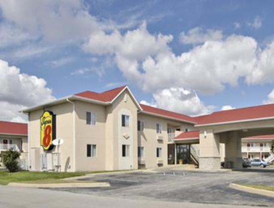 Super 8 Motel Indianapolis / NE / Castleton Area: Welcome to the Super 8 Motel - Indianapolis/Castle