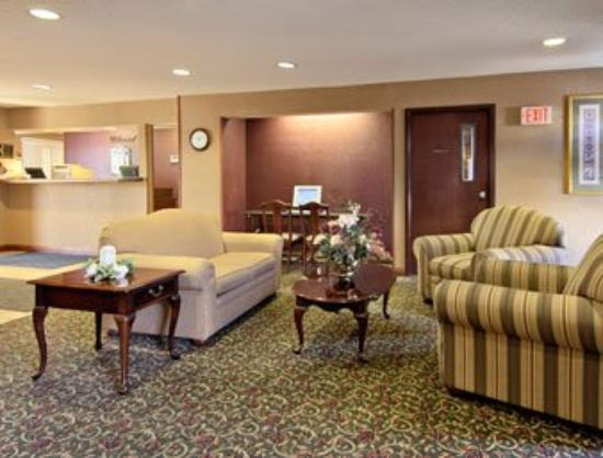Super 8 Motel Indianapolis / NE / Castleton Area: Lobby