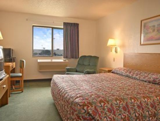 Super 8 Joliet I-55 North/Chicago Area: Standard King Bed Room