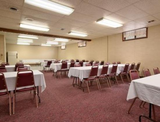Washington, IA: Meeting Room