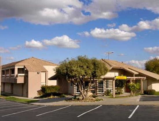 Photo of Super 8 Kettleman City
