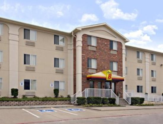 Super 8 Motel Plano / Dallas: Welcome to the Super 8 Plano/Dallas Area