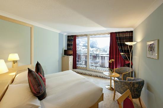 Beausite Park Hotel: Double room Jungfrau view
