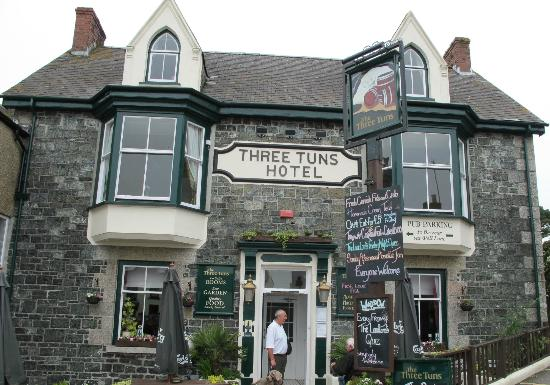 The Three Tuns Hotel: The Newly Updated Frontage
