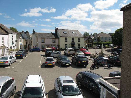 St Keverne, UK: View From Front Facing Rooms Over The Square