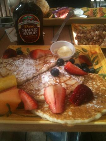 The Palms Resort: Pancakes are awesome!