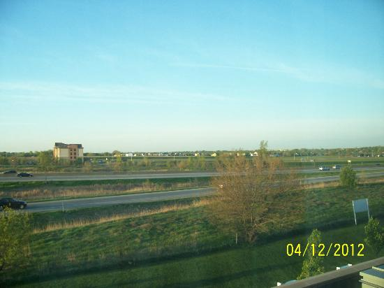 TownPlace Suites Des Moines Urbandale: View from our room, highway is close, but it did not keep us up
