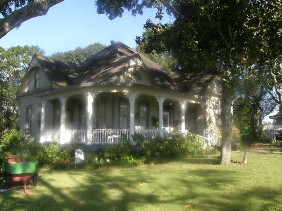 Photo of Somewhere In Time Bed & Breakfast Bellville