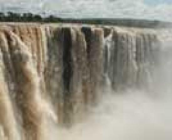 Victoria Falls Backpackers: Beautiful !!