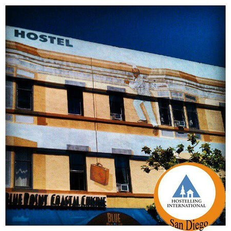 Hostelling International San Diego Downtown: Front