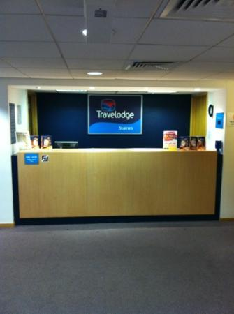 Travelodge Staines: nice bright entrance