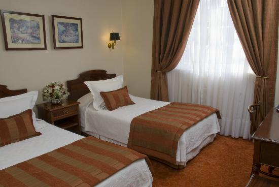 Hotel Orly: Twin Room