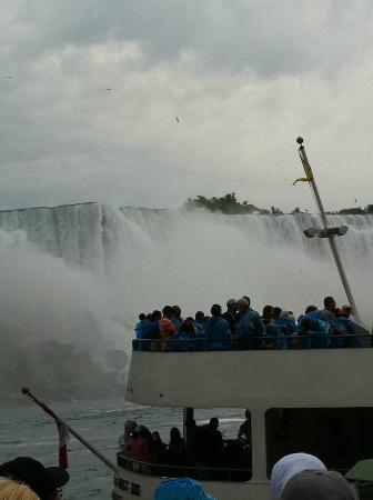 See Sight Tours of Niagara Falls- Private Day Tours: Maid of the Mist