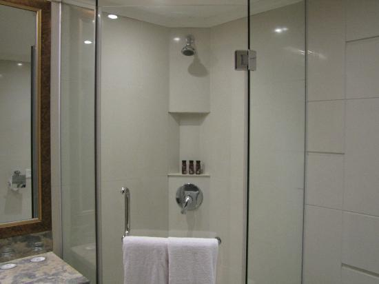 Chun Hui Yuan Resort: Bathroom