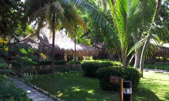 Irotama Resort: Lots of green - well maintained
