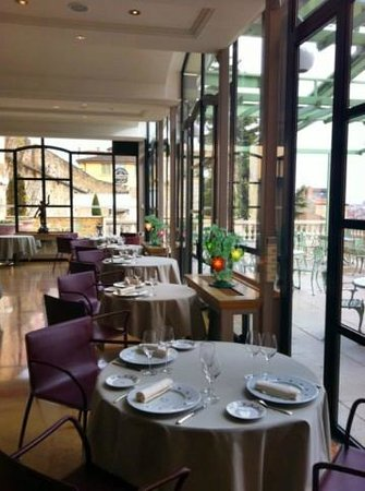 Villa Florentine: Restaurant Les Terrasses de Lyon