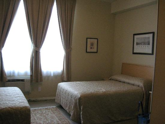 Chateau Kimberley Hotel: 2 bed suite