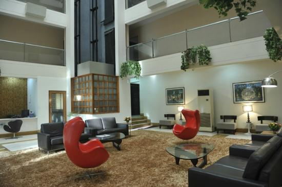 Landmark Suites: The newly renovated lobby should be visited.