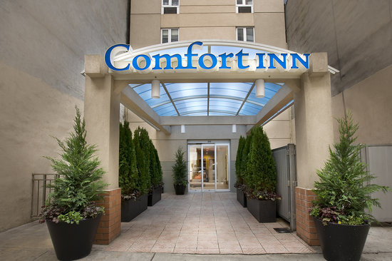 Comfort Inn Times Square South: Times Square New York hotel entrance