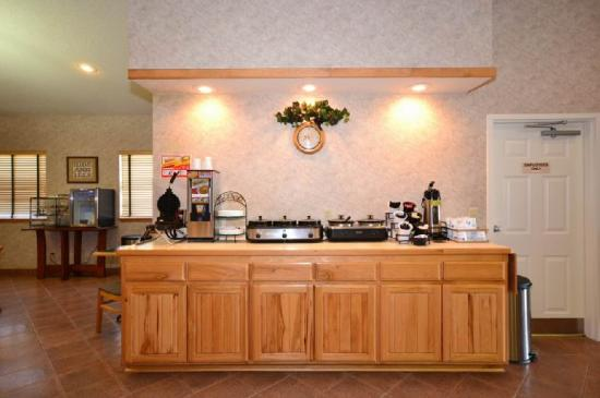 BEST WESTERN TimberRidge Inn: Breakfast Area