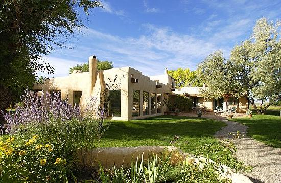 Taos Country Inn: A hidden gem in Taos!