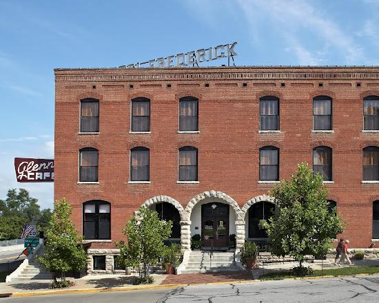 Photo of Hotel Frederick Boonville