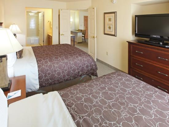 Staybridge Suites Fayetteville/Univ Of Arkansas: 2 Bedroom Suites