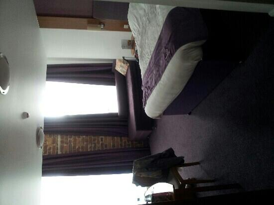 Premier Inn Kidderminster: Room 25