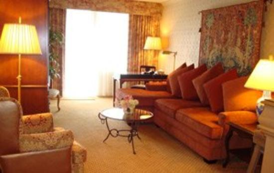 Wedgewood Hotel & Spa: Guest Room