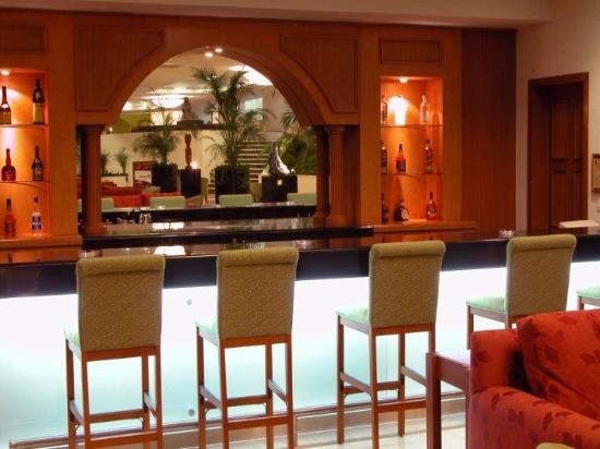 Camino Real Villahermosa: Lobby Bar VSA