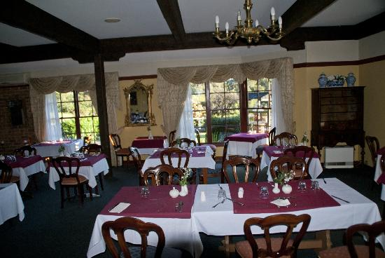 Springbrook Mountain Manor: Dining Room