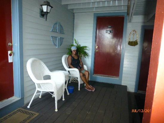 Martha's Vineyard Surfside Motel: Our porch