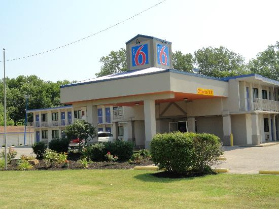 Motel 6 Evansville: Property view from outside