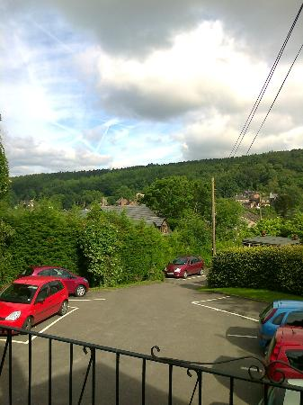 The Laurels B & B: View from the terrace incl. car park (directly outside room 9)