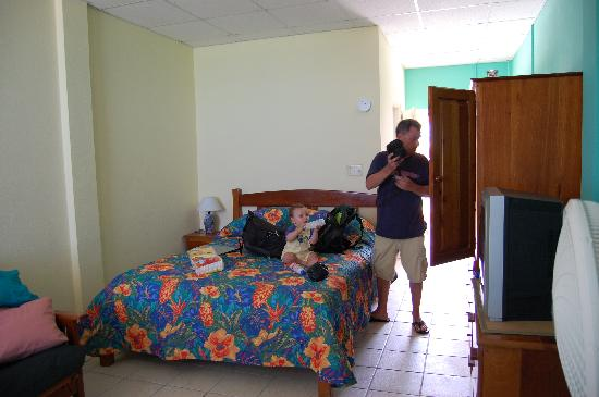 Caye Caulker Condos: Our Room from the patio out the front door