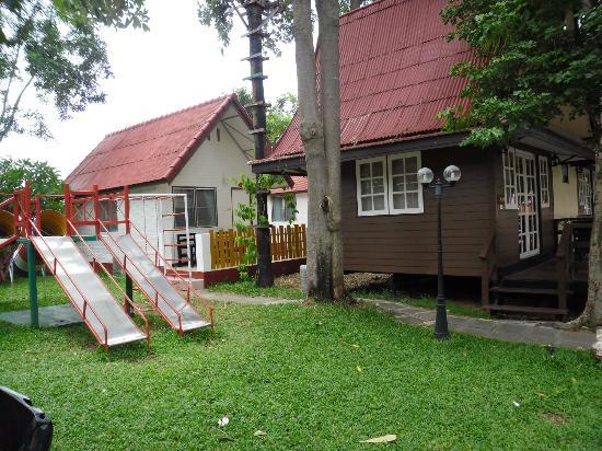 Lunar Hut Resort