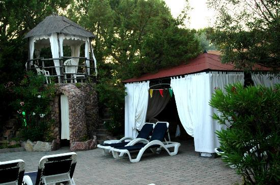 Club Alle Dune: gazebo bordo piscina
