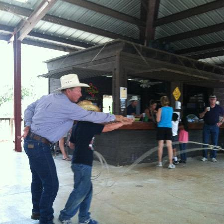 Mayan Dude Ranch: Roping lesson for the kids
