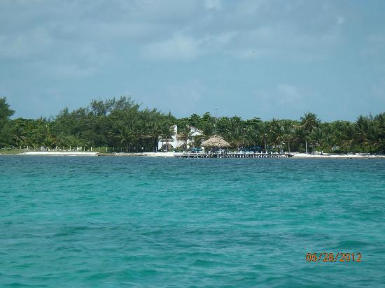 Caribbean Villas Hotel: view of CV from the ferry