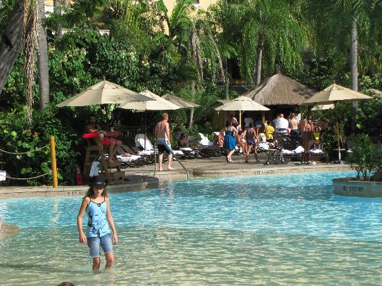 Poolside Picture Of Loews Royal Pacific Resort At