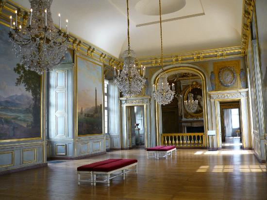Reproduction du roi de versailles picture of chateau of - Le cosy maison laffitte ...