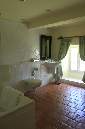 Chateau Le Mas de Montet: Bathroom of #203