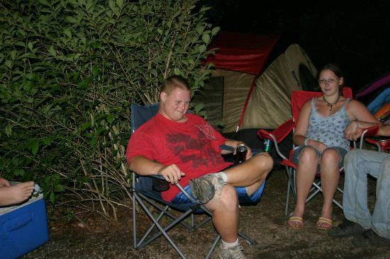 Kirkland Creek Campground: Dusty Chillin
