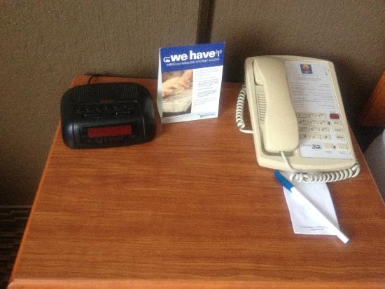 Comfort Inn University: non working alarm clock