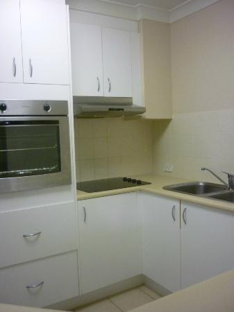 Comfort Inn &amp; Suites Mari Court: Kitchen