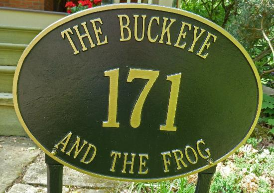 The Buckeye and the Frog: This is us!