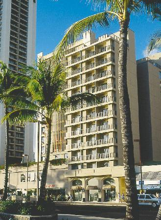 Aston Waikiki Beachside Hotel: Exterior