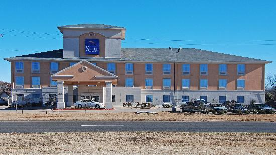 Sleep Inn & Suites: Welcome One & All to a New & Nice Clean Comfortable Stay