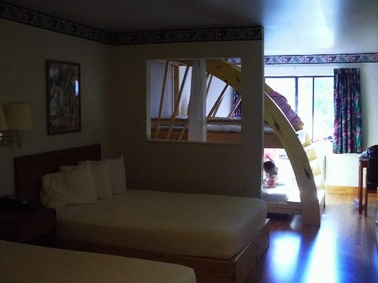 This Is The Room With 2 Queen Beds And A Bunk Room Was Nice Outside Of Hotel Not So Nice